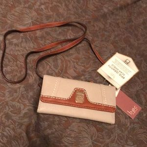 BOC Other - NWT BOC crossbody wallet.